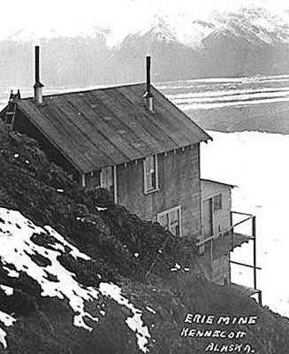 John E. Thwaites photograph of Kennecott Mines Company Mine, circa 1912