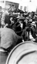 Man_speaking_to_crowd_during_the_Seattle_General_Strike_Seattle_Washington_February_1919